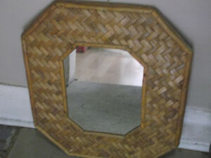 WICKER BAMBOO MIRROR