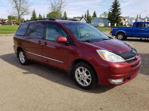 2004 Toyota Sienna AWD Limited ONLY >> 170969 kms