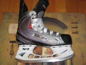 Bauer Vapor X 60 Size 1D Junior Skates. Top of line when new.