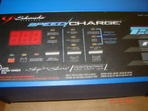 SHUMACHER SHIP AND SHORE 12 VOLT BATTERY CHARGER