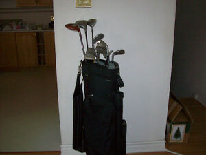 GOLF CLUBS  --  MEN'S R. H.  --  SET  WITH  NEW BAG