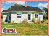 *APPLICATIONS IN PROCESS* Sunny Cute & Cozy 1BR Country Bungalow Charlottetown Prince Edward Island Preview