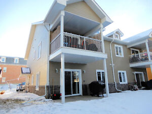 Immaculate Townhouse style condo in Morinville