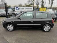 2004 Renault Clio EXPRESSION 16V Hatchback Petrol Manual