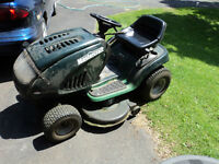 17hp MasterCraft Lawn tractor for sale. Only $300.00 o.b.o