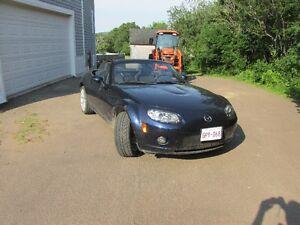 2007 Mazda MX-5 Miata black Convertible