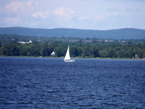 Ontario 44 Acres - Spectacular Ottawa River & Mountain Views