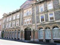 2 bedroom flat in The Atrium, Redcliffe Street, City Centre, Bristol, BS1 6LS