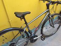Trek 7.2 woman's bike, size 17.5 M as new