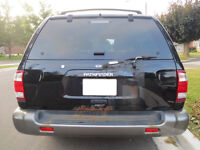 1999 Nissan Pathfinder XE SUV, Crossover