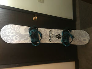 【price reduced】Pretty new snowboard 150cm + bindings (+ boots)