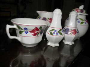 Adams Old Colonial hand painted English Bone China