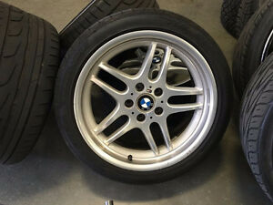 BMW BBS-M oem mags 18 pouces staggered & pneus