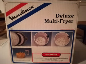 Deep fryer for sale. Only used a few times. $30