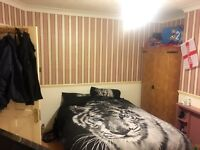 £500 Large double room. Including all bills.