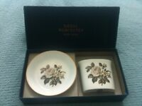 Royal Worcester bone china cigarette holder & ashtray or posy vase & pin tray