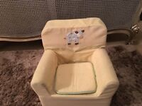 Toddlers soft chair