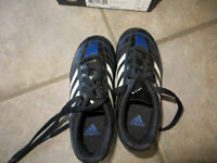 Soccer Cleats Size 10US