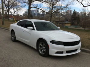 2015 Dodge Charger SXT White