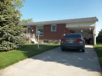Beautiful Bungalow in Chesley For Rent
