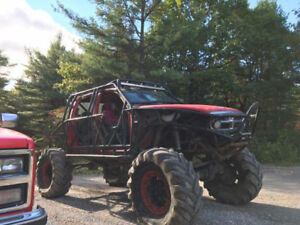Dakota mud truck rock crawler