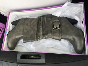 Women's boots in Mint condition, asking $55.- obo Kitchener / Waterloo Kitchener Area image 1