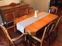 Antique dining table with buffet and 6 cjairs