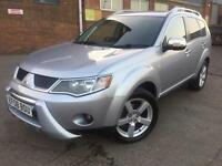 Mitsubishi Outlander 2.0DI-D Warrior 2008 Diesel 4x4 Manual Black + Nav 7 Seats