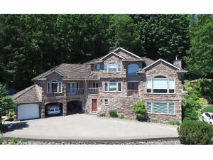 LUXURY, PRIVACY, SERENITY....you can have it all!
