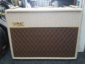 Super Vox AC30 Hand wired 2x12 alnico blue neuf !!! Black Friday Seulement!!!