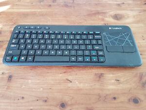 Logitech K400r Keyboard