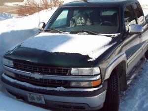 PARTS TRUCK - 02 Chev Silverado 1500 4X4 Truck