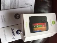 Motorola XT1032 boxed with new spare back cover