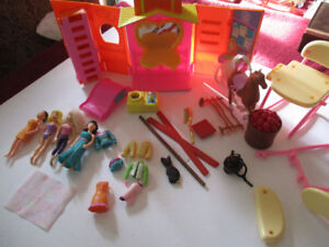 Polly Pocket dolls and accessories