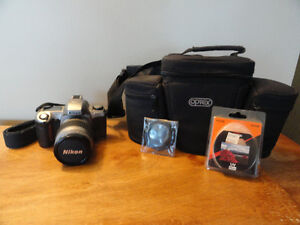 "Caméra ""Nikon F65 "" 35 mm.,à vendre."