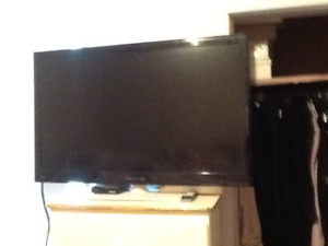 PROSCAN TV 42 inch immaculate condition with remote