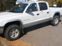 2001 Dodge Dakota SLT Pickup Truck