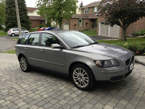 2005 Volvo V50 T5 2.5L Turbo Wagon