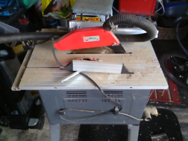 ELECTRIC SAW BENCH
