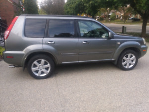 2006 Nissan Xtrail with winter wheels/tires.