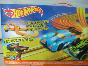 HotWheels Slot Car Set...