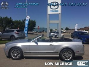 2013 Ford Mustang V6 PREMIUM  Suns out guns out in this low km c