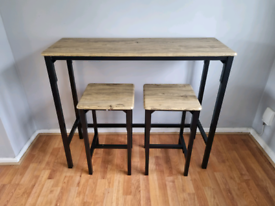 Brand new dining bar table and stools