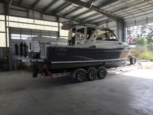 Must Go -2013 Cutwater 28' (140hrs) c/w trailer . Orig.Owner