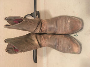 Women's Ariat riding boots