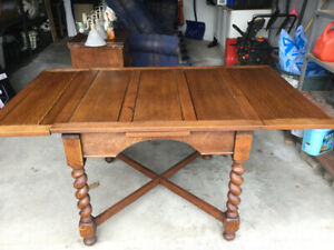 Solid Oak Dining Table with Barley Twist Legs