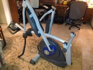 Elyptical Workout Machine (Nordic Track 130) London Ontario image 2