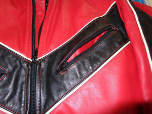 Leather jacket in med.   recycledgear.ca Kawartha Lakes Peterborough Area image 6