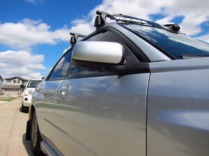 Yakima Roof Package: locks, towers, clips, bars and windshield