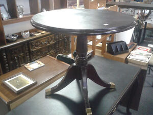 Antique Desk from Royal York Hotel at The Meetinghouse! Windsor Region Ontario image 2